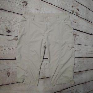 Columbia Beige Capri/Cropped Pants Sz 12